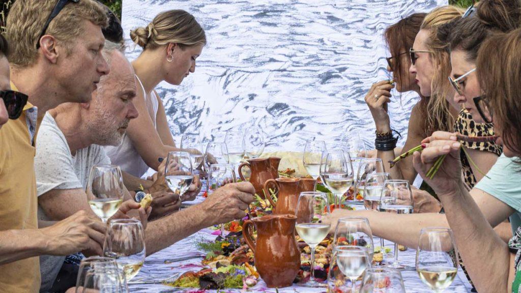 Outdoor feast_Source-Creative Chef]