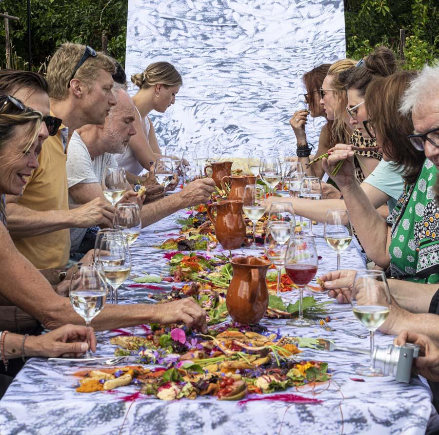 Outdoor feast_Source-Creative Chef