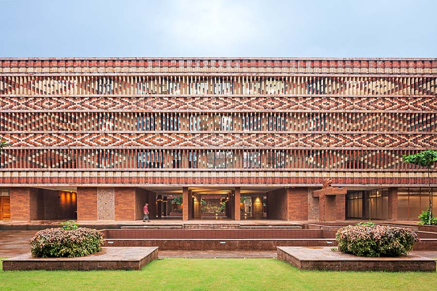 Supreme Winner, Public Building Interior & Public Building Exterior Winner: Studio Lotus, India